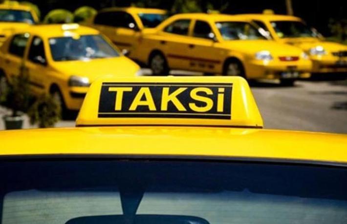 Taksici turistten vize parası istedi… Kişi başı 400 Dolar