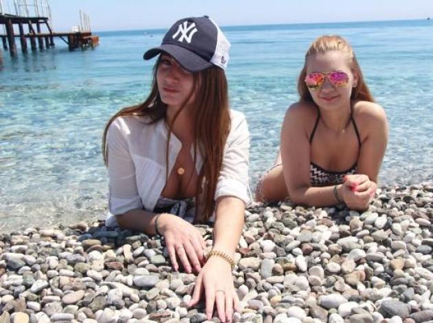Kemer'de Rus turist hareketliliği başladı