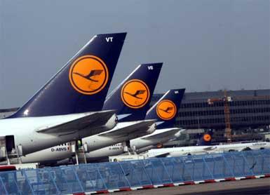 Lufthansa'da pilotlar, 4 günlük grev başlattı...
