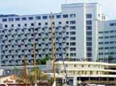 Bir döneme damga vuran beş otelin ismi satılıyor...