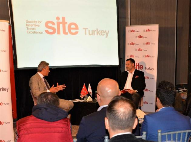 Firuz Bağlıkaya'dan İstanbul çıkarması